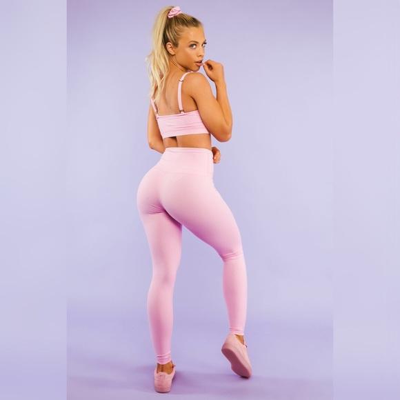 27540a04218b7 Bubblegum Pink HighWaist Leggings Saski Collection.  M 5aa6144a3800c5a9bf675029